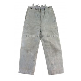 Kriegsmarine officer's grey leather trousers