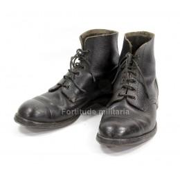 British ammo boots