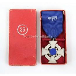 25 years civil service cross