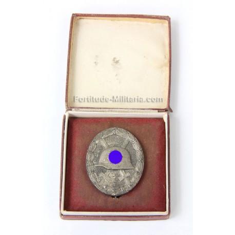 Silver wound box in box