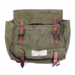 Horse gas mask pouch