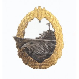 Destoyer war badge by French maker