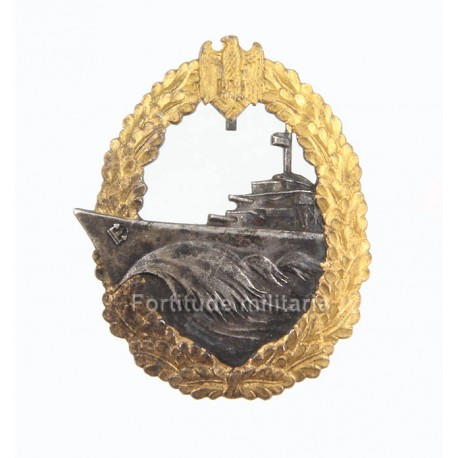 Destoyer war badge by French maker